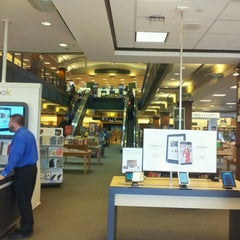 Photo taken at Barnes & Noble by Lew C. on 2/18/2013