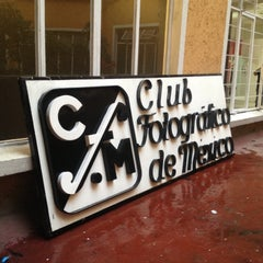 Photo taken at Club Fotográfico de México by Zaruhy S. on 4/11/2013