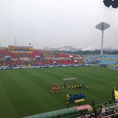 Photo taken at 광양축구전용구장 (Gwangyang Football Stadium) by WS L. on 5/30/2015