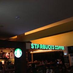Photo taken at Starbucks by Poppy H. on 11/15/2012