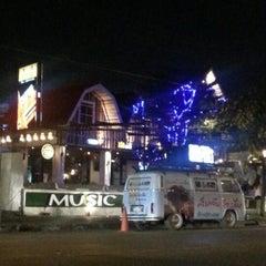 Photo taken at แจ่วฮ้อนสารคาม by Tam [. on 12/11/2012