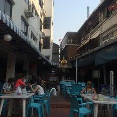 Photo taken at Sawasdee Banglumpoo Inn by Tanya K. on 2/4/2016