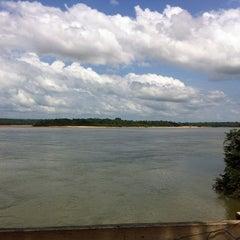 Photo taken at Peixaria Do Jacaré by Marcos Eli on 1/4/2014