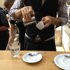 Photo taken at Intelligentsia Coffee & Tea by Houman P. on 10/29/2012