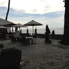 Photo taken at Puri Mas Boutique Resorts & Spa by Dwi K. on 12/25/2012