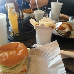 Photo taken at Dave & Tony's Premium Burger Joint by Ashlee H. on 2/26/2014