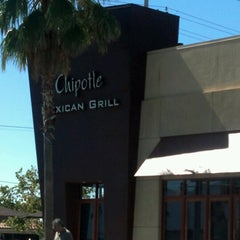Photo taken at Chipotle Mexican Grill by Stacy R. on 7/1/2012