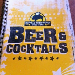 Photo taken at Buffalo Wild Wings by Leslie S. on 7/23/2011