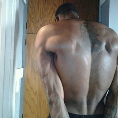 Photo taken at 24 Hour Fitness by ClarkKent S. on 12/27/2011