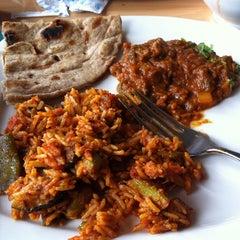 Photo taken at Mausam Indian Restaurant by Pursarth T. on 3/13/2011