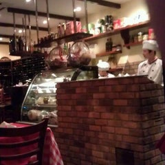 Photo taken at Bella Napoli by Hideo T. on 1/3/2012