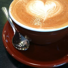 Photo taken at Espresso NEAT by Izzy L. on 9/6/2011