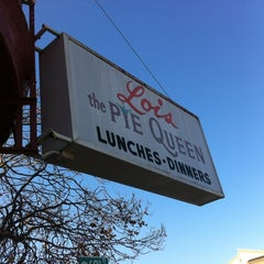 Photo taken at Lois the Pie Queen by Algernon B. on 11/15/2011