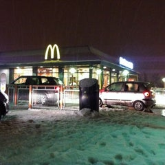 Photo taken at McDonald's Drive Thru by Declan M. on 12/20/2010