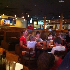 Photo taken at Outback Steakhouse by Patty S. on 8/15/2011