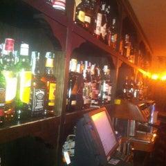 Photo taken at Cafe Pub Ganivet 13 by No solo una idea on 2/20/2012