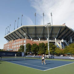 Photo taken at Court 5 - USTA Billie Jean King National Tennis Center by US Open Tennis Championships on 8/28/2011