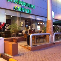 Photo taken at Starbucks | ستاربكس by wael f. on 10/10/2011