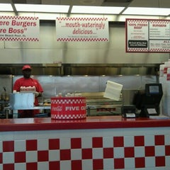 Photo taken at Five Guys by Sharee B. on 11/15/2011