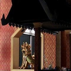 Photo taken at Bangkok Sushi by RetailGoddesses on 3/7/2012