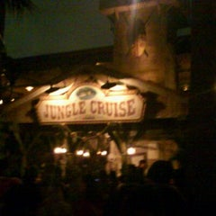 Photo taken at ジャングルクルーズ (Jungle Cruise) by fomalhaut 1. on 11/26/2011