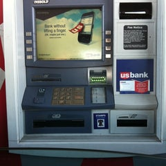 Photo taken at U.S. Bank by Rene S. on 9/22/2011