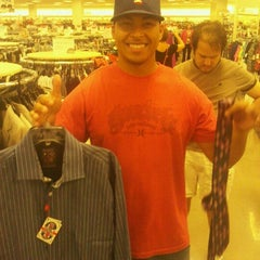 Photo taken at Nordstrom Rack Centre at Post Oak by Tony L. on 6/22/2012