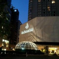 Photo taken at Four Seasons Hotel Vancouver by nicholita on 7/10/2012