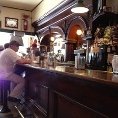 Photo taken at Booche's Billiards Hall by Teresa Gibbons B. on 4/14/2012