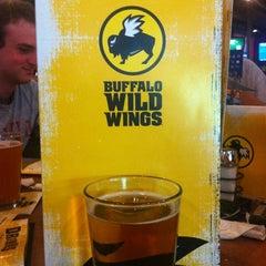 Photo taken at Buffalo Wild Wings by Benjamin P. on 7/22/2012