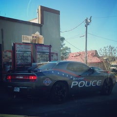 Photo taken at Dunkin' Donuts by Alfred W. on 1/17/2014