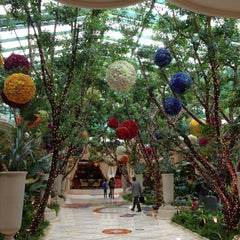 Photo taken at Wynn Las Vegas by Eric M. on 4/11/2013