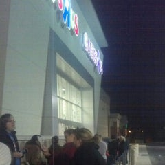 "Photo taken at Toys ""R"" Us /Babies ""R"" Us by Erwie D. on 11/22/2012"