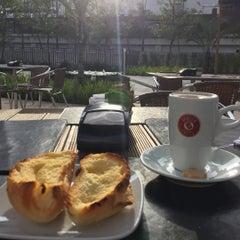 Photo taken at Vanilla Caffè by Marcelo B. on 7/6/2015