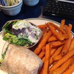 Photo taken at Market Street Diner by Linda C. on 5/26/2013