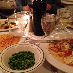 Photo taken at Nanni's Restaurant by Teresa L. on 11/30/2013
