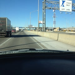 Photo taken at Toll Plaza 17 by Jimmy on 1/17/2013