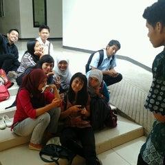 Photo taken at Institut Ilmu Kesehatan - IIK Bhakti Wiyata Kediri by Maria L. on 11/7/2012