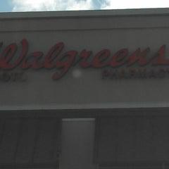 Photo taken at Walgreens by 😺Jana-Mae D. on 2/25/2013