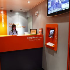 Photo taken at easyHotel Edinburgh by easyHotel Edinburgh on 1/15/2014