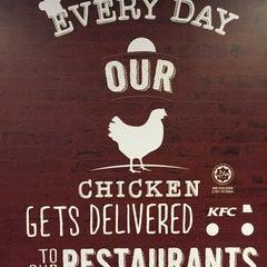 Photo taken at KFC by Vino on 11/3/2015