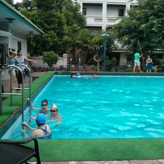 Photo taken at 33 Pham Ngu Lao Swimming Pool by Le D. on 8/19/2013