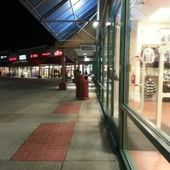Photo taken at Albertville Premium Outlets by George Varghese M. on 11/4/2012