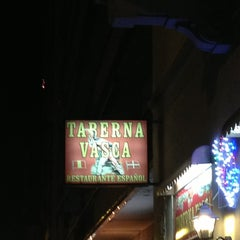 Photo taken at Taberna Vasca by Iarno C. on 12/19/2012