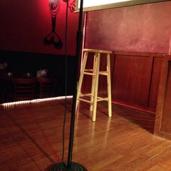 Photo taken at Funny Bone Comedy Club by Diego K. on 3/28/2014