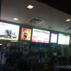 Photo taken at McDonald's by Laurence C. on 8/22/2013