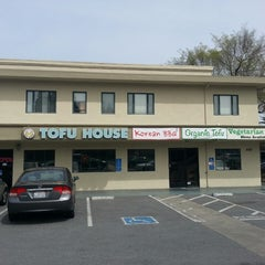 Photo taken at So Gong Dong Tofu House by Jimmy R. on 3/18/2013