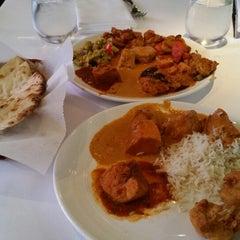Photo taken at Rangoli India Restaurant by Sally H. on 8/18/2014