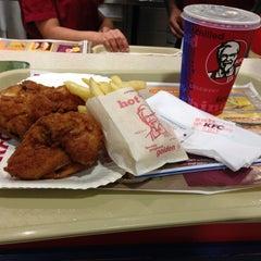 Photo taken at KFC by Viv on 10/19/2012