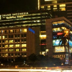 Photo taken at Grand Indonesia Shopping Town by Natasya F. on 6/13/2013